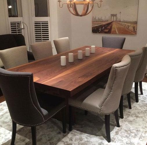 Table En Noyer Massif